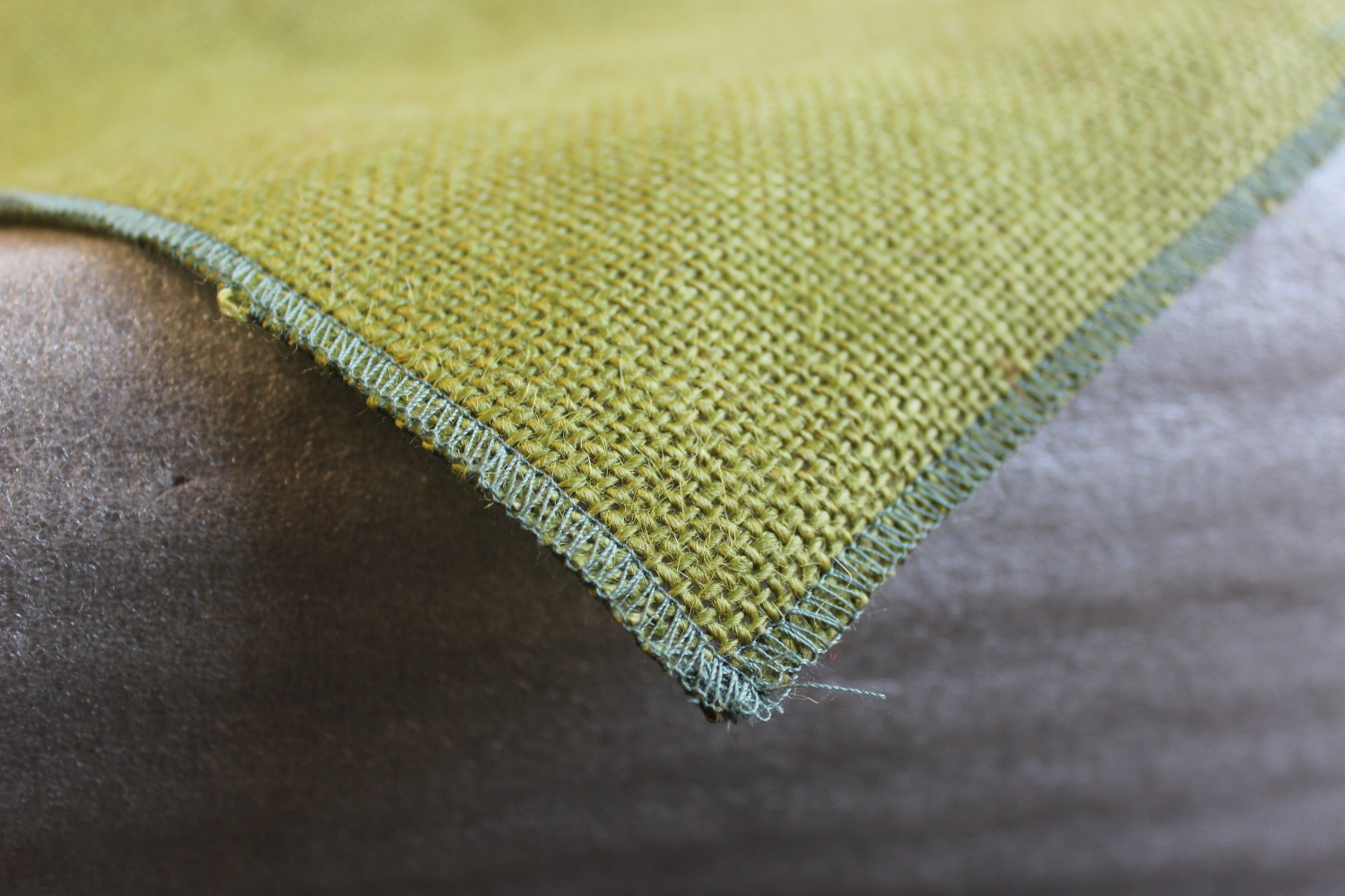 Colored Napkins - Avocado with Sage Edge